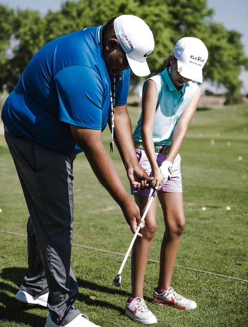 What is the best age to start golf lessons for kids​